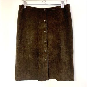 Banana Republic 100% suede leather snap front